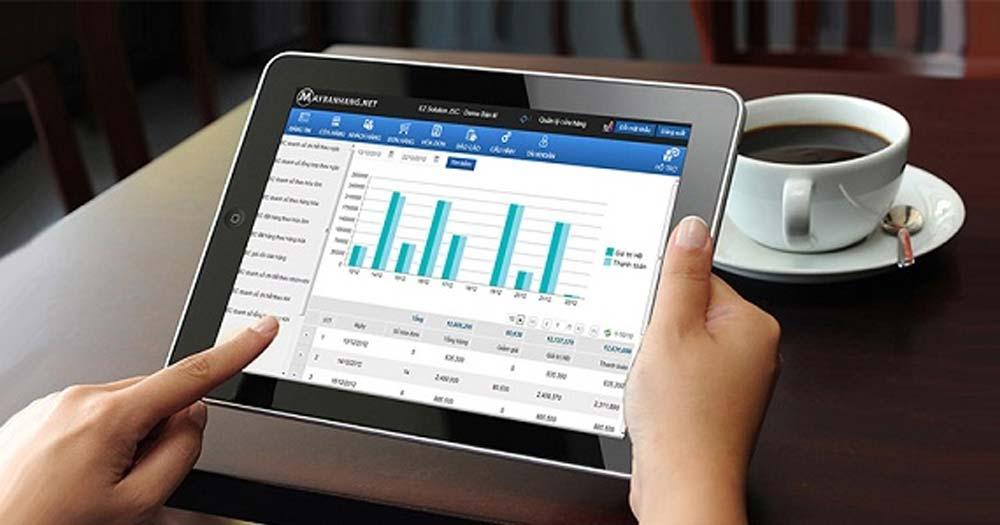 phần mềm quản lý du lịch cung cấp tính năng quản lý từ xa thông qua thiết bị thông minh