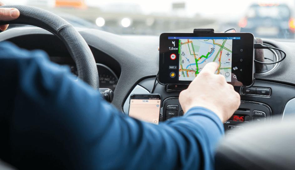 Ứng dụng hệ thống định vị toàn cầu GPS trong lái xe